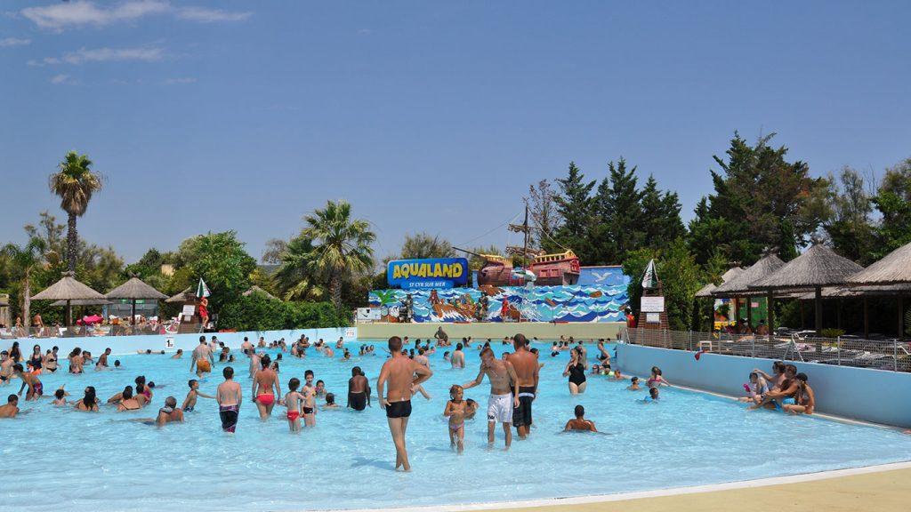 Profitez d'Aqualand St Cyr sur Mer en été avec un temps parfait